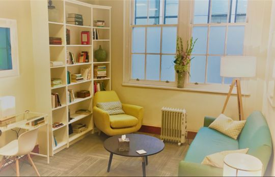 Consulting Room of London Chartered Psychologist Lynne Korte