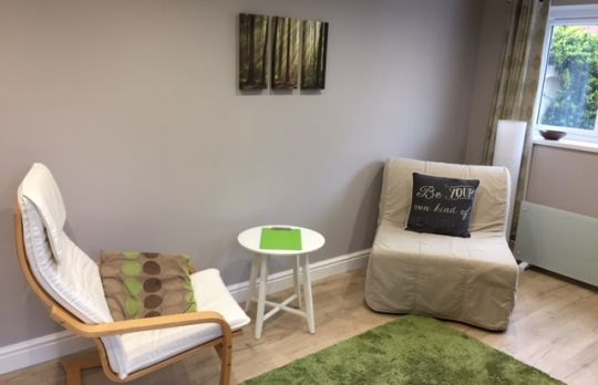 Consulting Room of Nottingham Accredited Psychotherapist Gemma Thorley