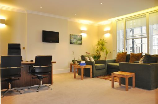 Consulting Room of London Registered Psychotherapist Evanthia Lychrou