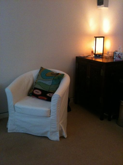 Consulting Room of Chichester Accredited Counsellor and Psychotherapist Linda Stephenson