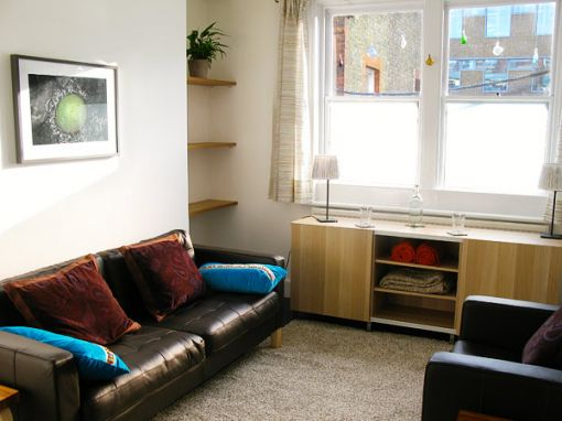 Consulting Room of London Registered Psychotherapist Bianca Zdrale