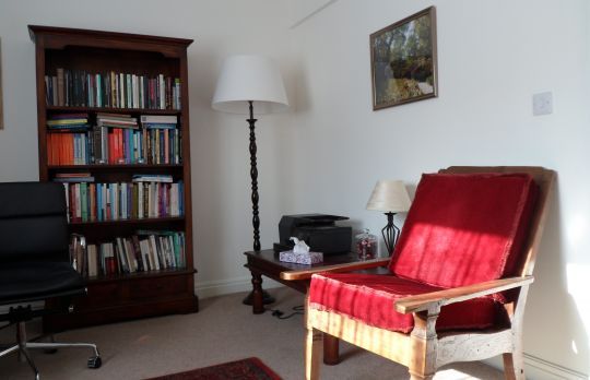Consulting Room of Stroud Accredited and Registered Counsellor Lin Travis