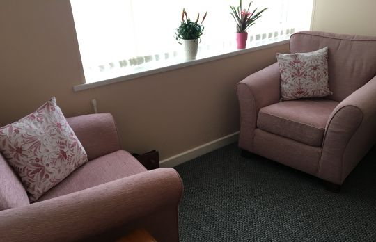 Consulting Room of Bushey Accredited  Counsellor Susan Freedman