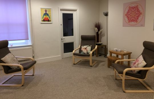 Consulting Room of Cheltenham Registered Psychotherapist Jaimie Cahlil