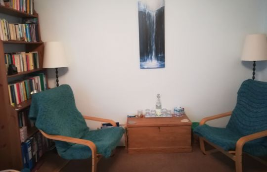 Consulting Room of Aylesbury Accredited  Counsellor Annie