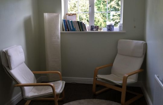 Consulting Room of Maidenhead Registered Psychotherapist Anna