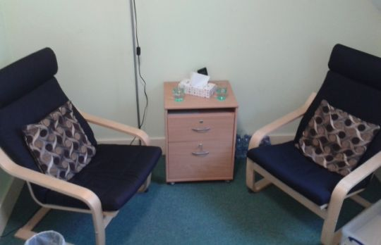 Consulting Room of Redhill Registered Counsellor Claudia Smith