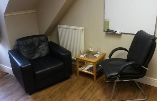 Consulting Room of Edinburgh Chartered Psychologist David Craigie