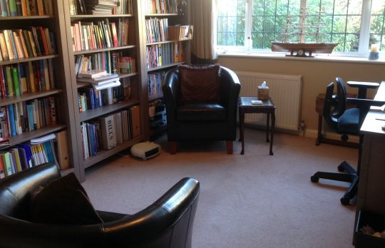 Consulting Room of Beaconsfield Registered Counsellor Louise Tunbridge