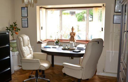 Consulting Room of Tonbridge Accredited  Counsellor Lorraine Williams