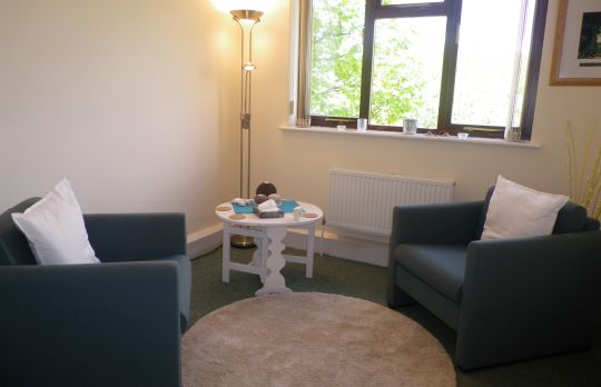 Consulting Room of Woking Registered Counsellor Kate Heavey