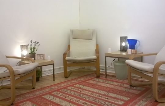 Consulting Room of London Registered Psychotherapist Helen Marsh