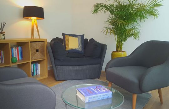 Consulting Room of Purley Registered Counsellor Aleksandra
