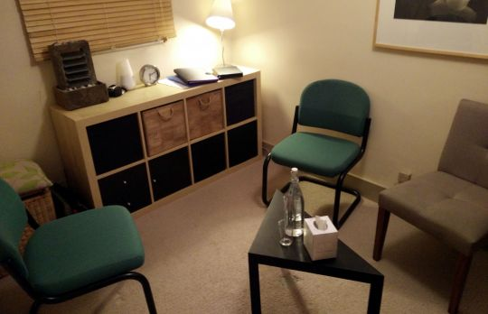 Consulting Room of Rickmansworth Registered Psychotherapist Tom Corbishley