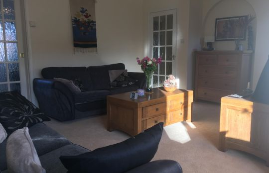 Consulting Room of Wokingham Registered Psychotherapist Dennis Czech
