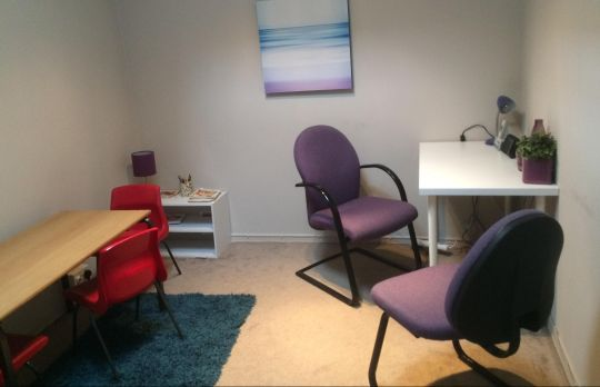 Consulting Room of London Chartered Psychologist Dr. Esther Cole