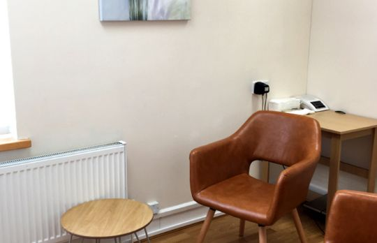 Consulting Room of Harrow Registered Counsellor Wayne Mertins-Brown