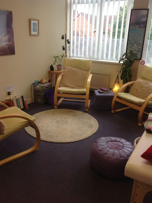 Consulting Room of Swindon Accredited Counsellor and Psychotherapist Sheila Wardale